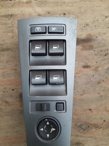 Блок управления стеклоподъемниками Bmw 7-Series E65 N62B44A 2003 передний правый