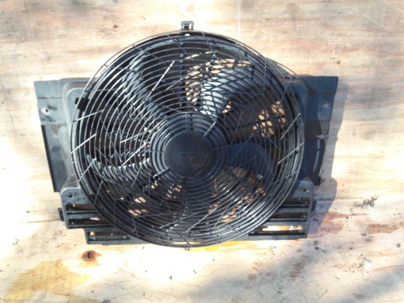 Вентилятор охлаждения Bmw X5 E53 M54B30 2004
