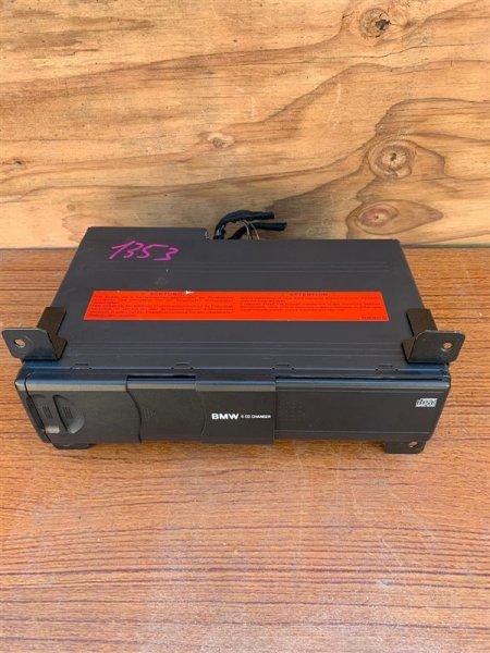 Cd-чейнджер Bmw X5 E53 M54B30 2004