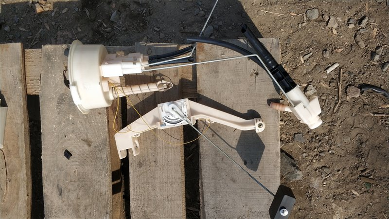 Датчик уровня топлива Bmw X5 E53 M54B30 2005