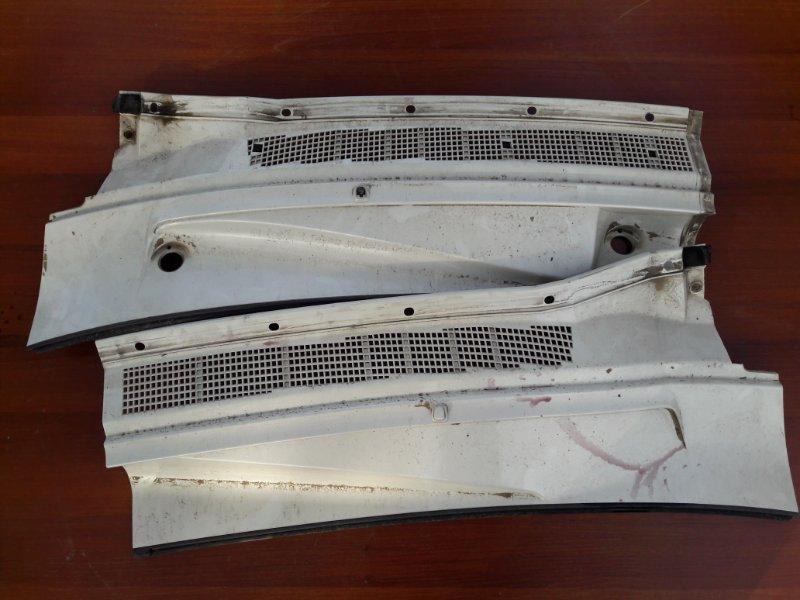 Планка под дворники Infiniti Qx56 JA60 VK56DE 2004