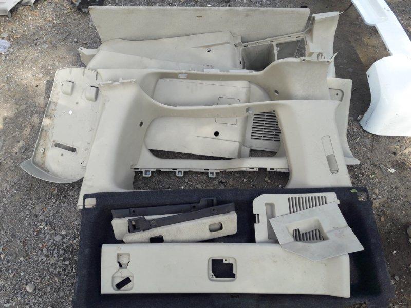 Обшивка багажника Infiniti Qx56 JA60 VK56DE 2004