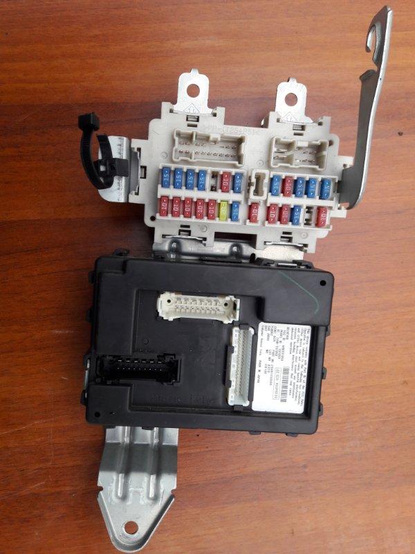 Блок предохранителей Infiniti Fx45 Fx35 S50 VK45DE 2004