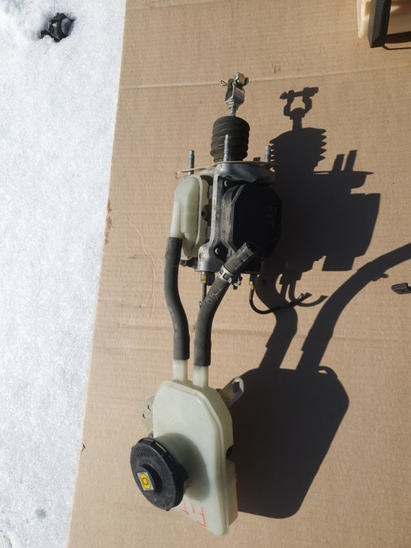 Главный тормозной цилиндр Honda Fit GP5 LEB-3037735 2014