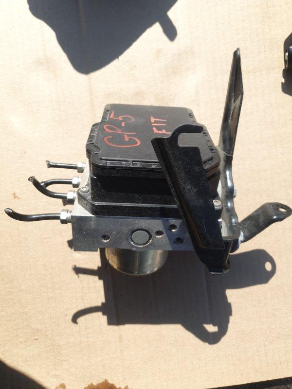 Блок abs Honda Fit GP5 LEB-3037735 2014