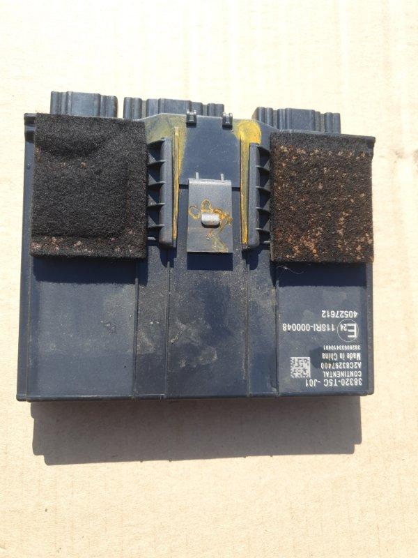 Электронный блок Honda Fit GP5 LEB-3037735 2014