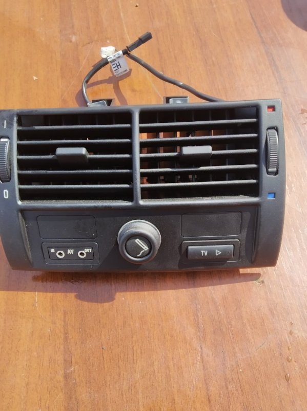 Дефлектор воздушный Bmw X5 E53 N62B44 2006