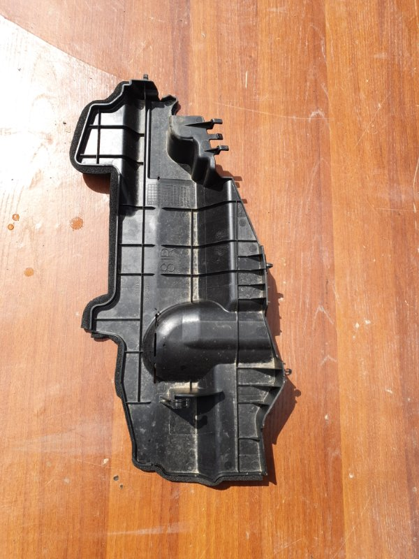 Пластм. защита над радиатором Lexus Hs250H ANF10 2AZFXE 2011 правый
