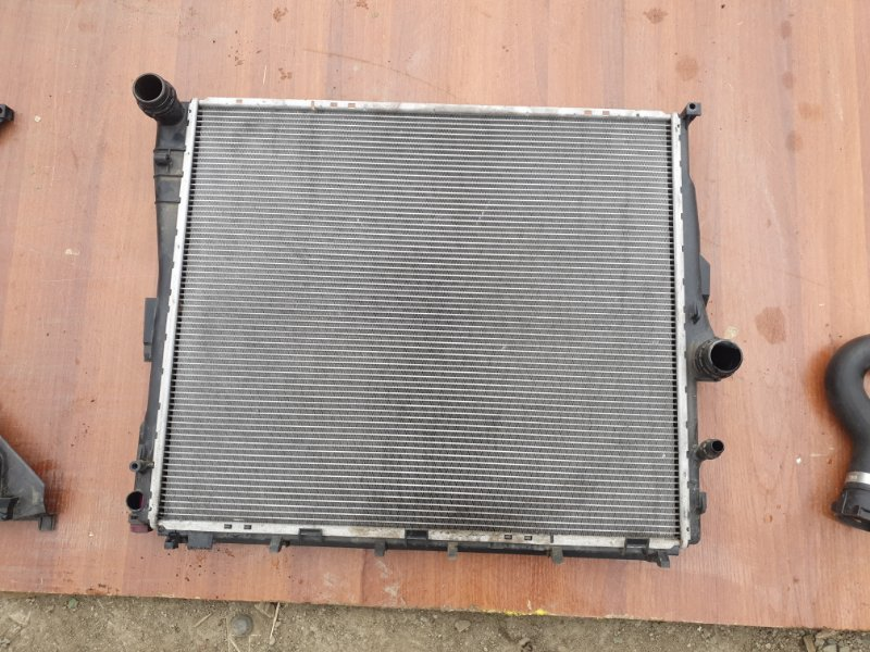 Радиатор основной Bmw X3 E83 N52B25 2006