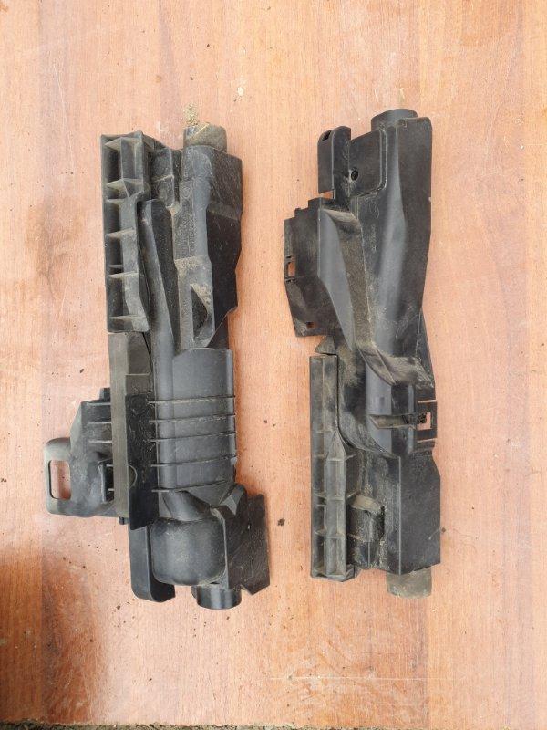 Пластм. защита над радиатором Bmw X3 E83 N52B25 2006