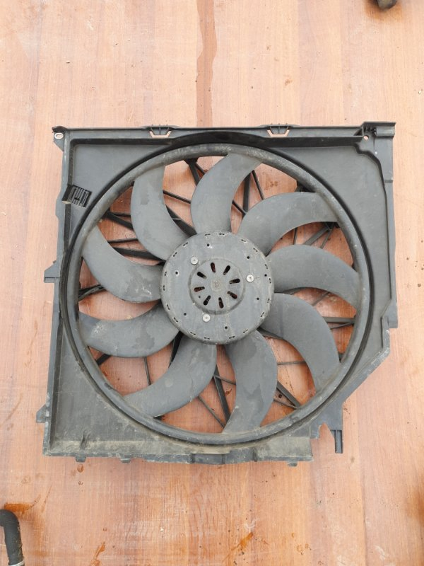 Вентилятор охлаждения Bmw X3 E83 N52B25 2006