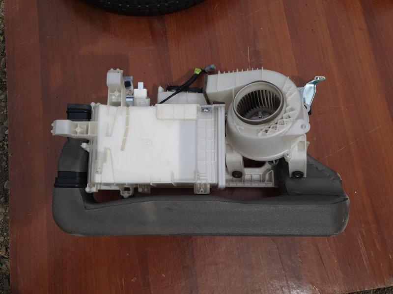 Мотор охлождения батареи Toyota Crown AWS210 2ARFSE 2015