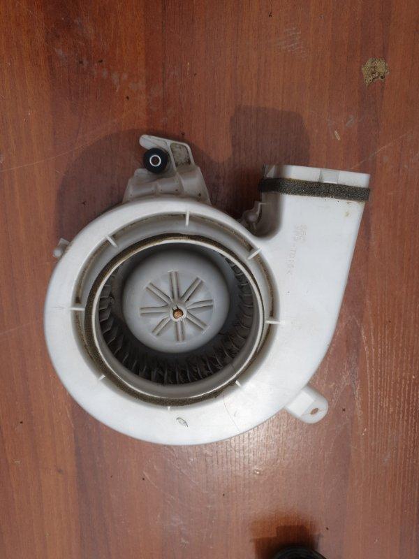 Мотор охлождения батареи Toyota Sai AZC10 2AZFXE 2010