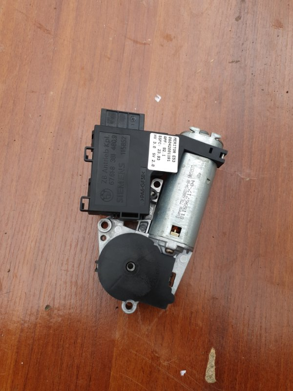 Моторчик люка Bmw X5 E53 M62B44 2001