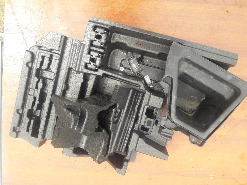 Пластик багажника Bmw X3 E83 N52B25 2008