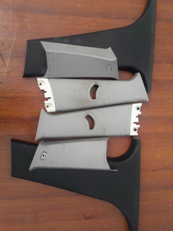 Пластик стойки Bmw X3 E83 N52B25 2008