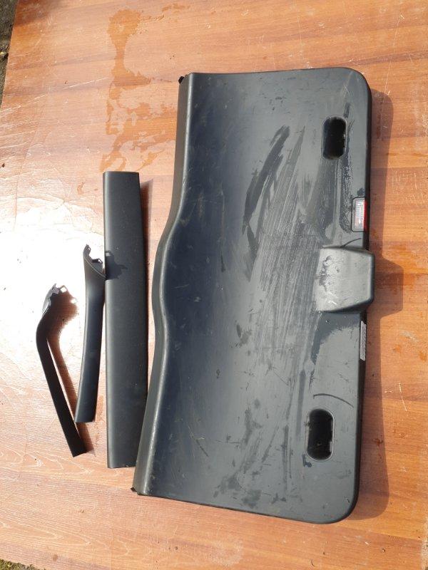 Обшивка двери багажника Bmw X3 E83 N52B25 2008 задняя