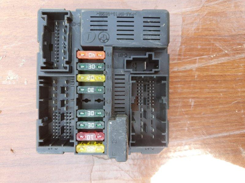 Блок предохранителей Bmw X3 E83 N52B25 2008