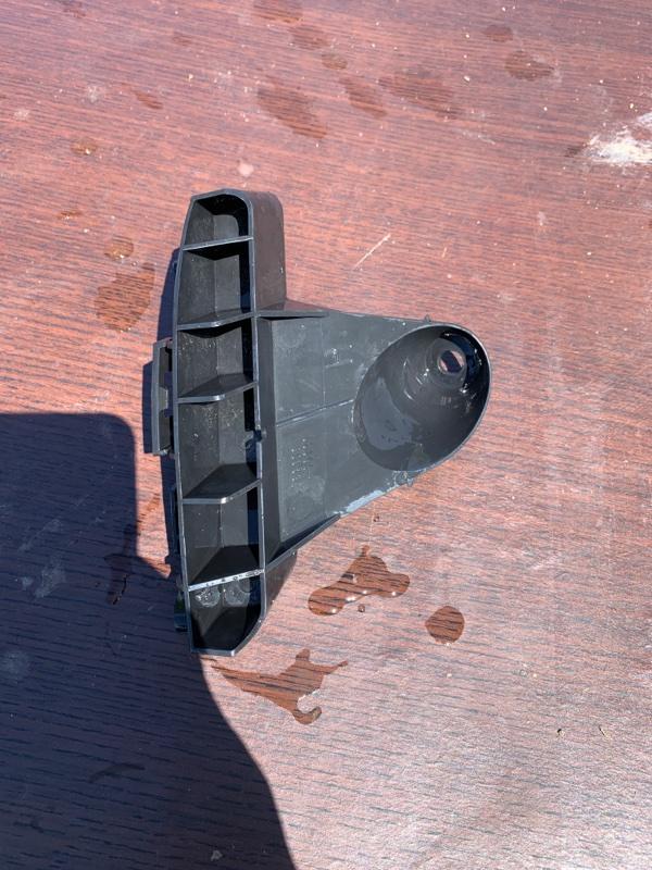 Крепление бампера Lexus Hs250H ANF10 2AZFXE 2011 правое