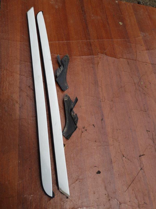 Молдинг лобового стекла Bmw X3 E83 N52B25 2008