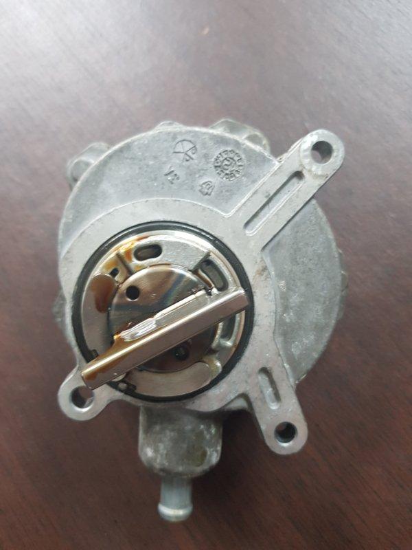 Вакуумный насос Bmw 7-Series E65 N62B44A 2003