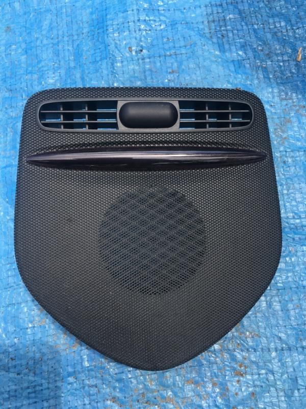 Решетка в торпедо Mercedes Benz 164.186 Ml350 4Matic W164.186 M272E35 2007