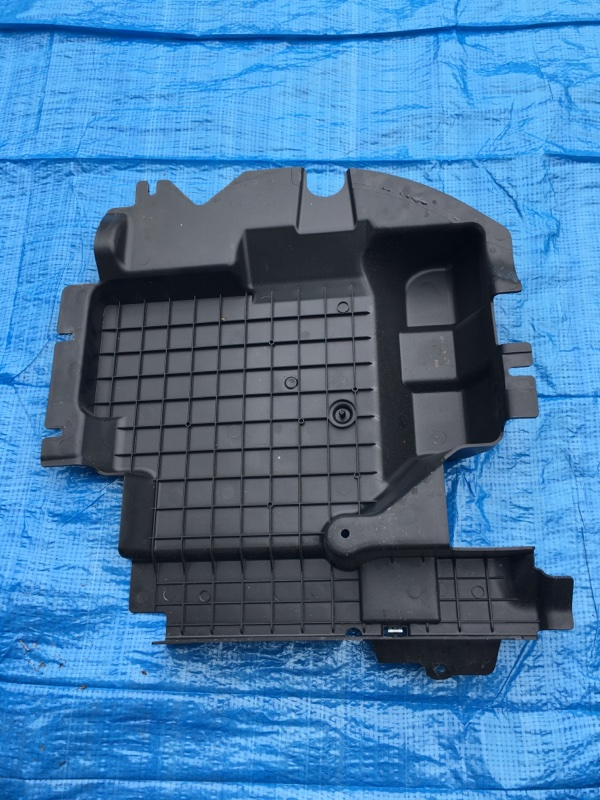 Пластик салона Mercedes Benz 164.186 Ml350 4Matic W164.186 M272E35 2007