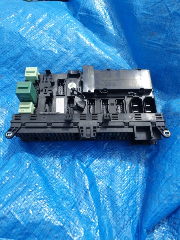 Блок предохранителей Bmw X5 E53 M62B46 2001