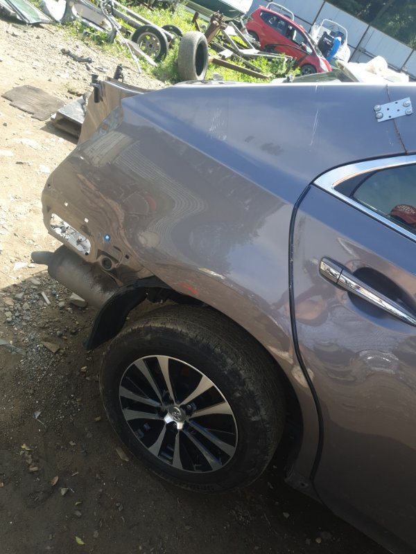Крыло Toyota Sai AZC10 2AZFXE 2015 заднее правое
