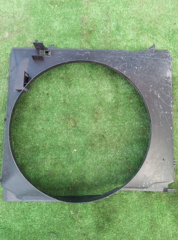 Диффузор радиатора Bmw X5 E53 M54B30 2005 передний
