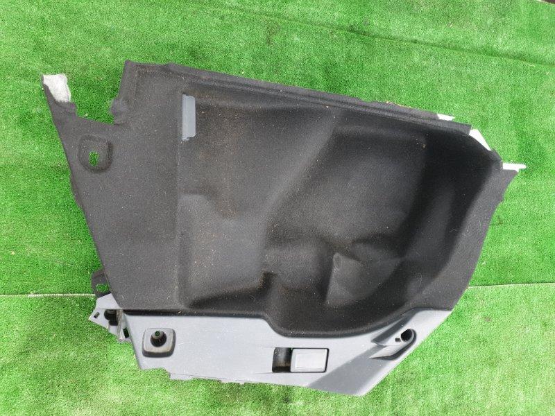Обшивка багажника Toyota Corolla Touaring ZWE211W 2ZR-FXE 2019 задняя левая