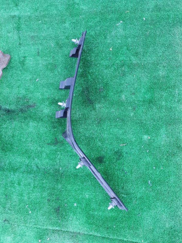 Порожек пластиковый X5 E53 M54B30 2005 задний правый