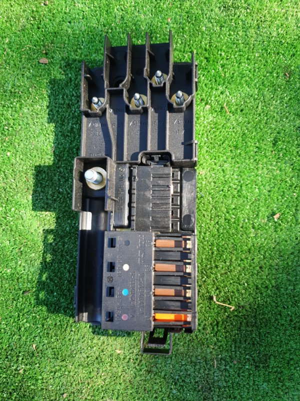Блок предохранителей Mercedes Benz 164.186 Ml350 4Matic W164.186 M272E35 2006