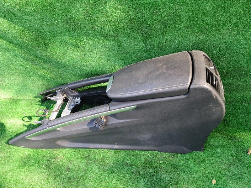 Бардачок между сиденьями Mercedes Benz 164.186 Ml350 4Matic W164.186 M272E35 2006