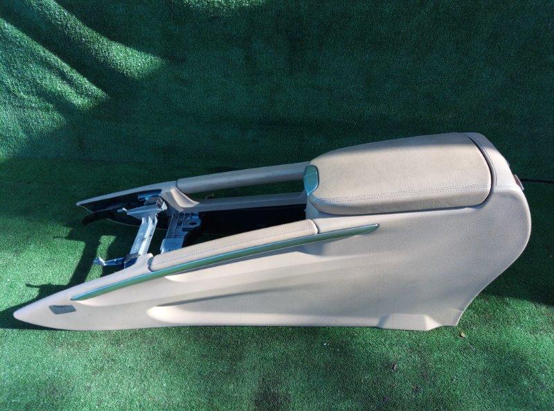 Бардачок между сиденьями Mercedes Benz Mercedes Benz M Class Ml500 W164.175 113.964 30 702635 2005