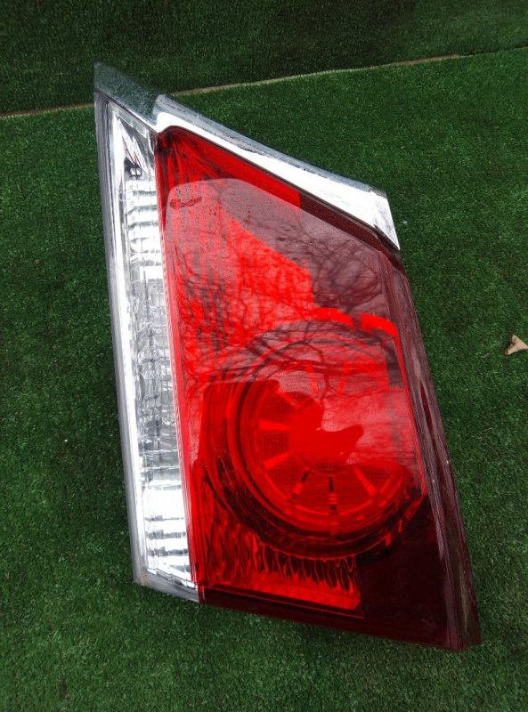 Стоп-вставка Toyota Crown GRS210-AETXH 4GRFSE 2500CC 24-VALVE DOHC EFI 12.2012 задняя правая