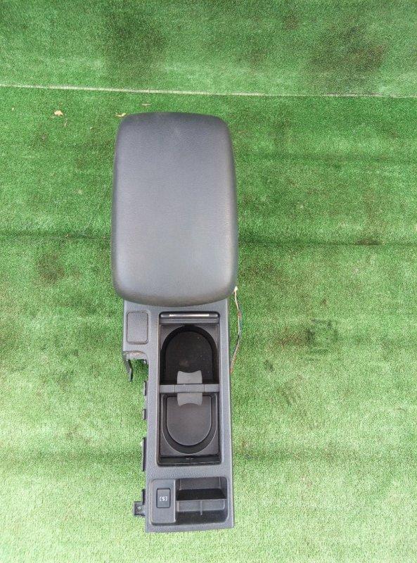 Бардачок между сиденьями Subaru Xv GP7 FB20 2012