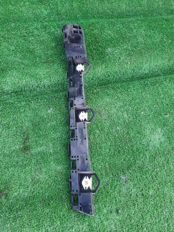 Крепление бампера Subaru Xv GP7 FB20 2012 заднее правое