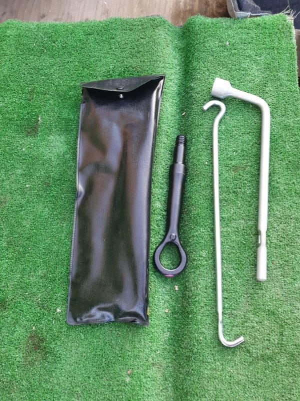 Инструменты Toyota Crown AWS210 2ARFSE 2013