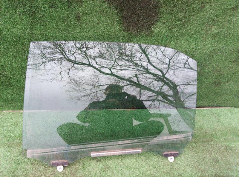 Стекло двери Toyota Crown AWS210 2ARFSE 2013 заднее левое