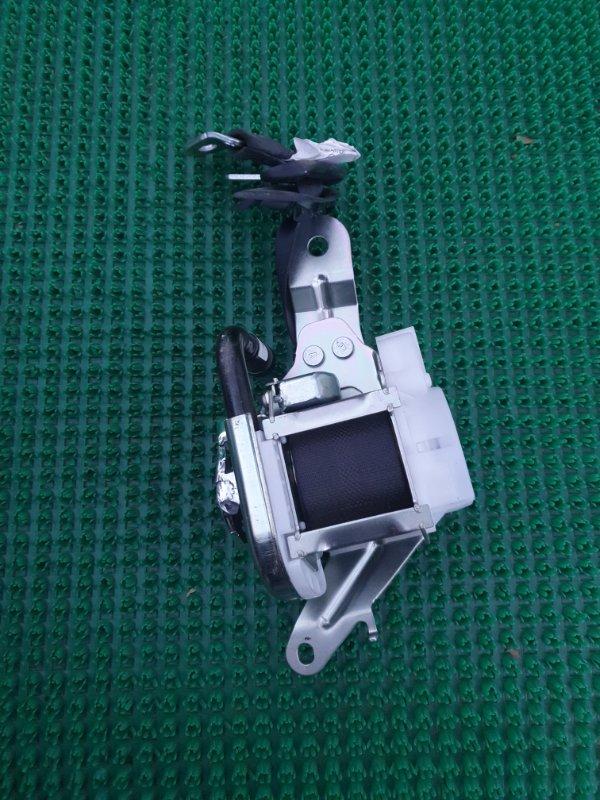 Ремень безопасности Toyota Crown GRS210-AETXH 4GRFSE 2500CC 24-VALVE DOHC EFI 12.2012 задний правый