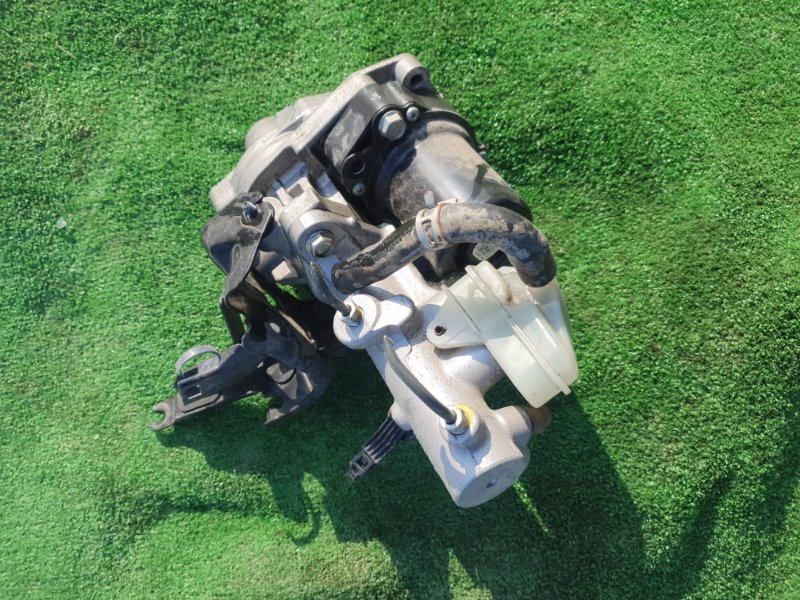 Вакуумный усилитель тормозов Honda Vezel RU3 LEB 2014