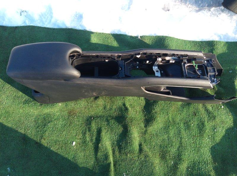Бардачок между сиденьями Honda Vezel RU3 LEB 2014
