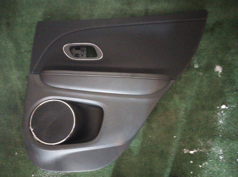Обшивка двери Honda Vezel RU3 LEB 2014 задняя правая