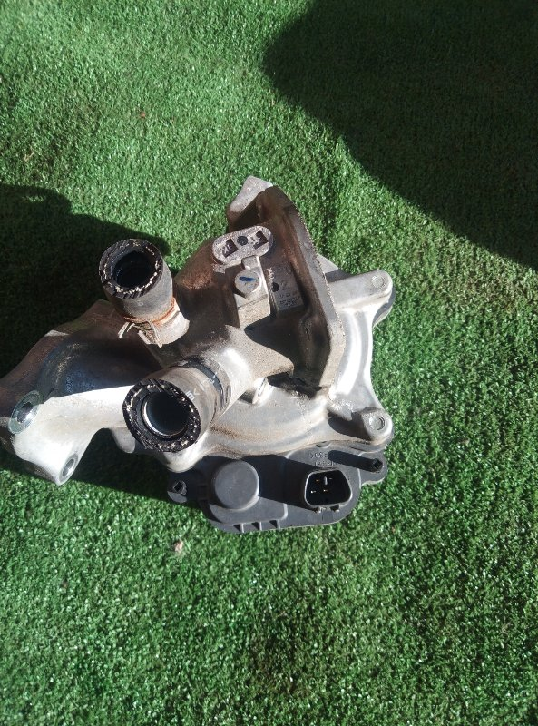 Помпа Honda Vezel RU3 LEB 2014