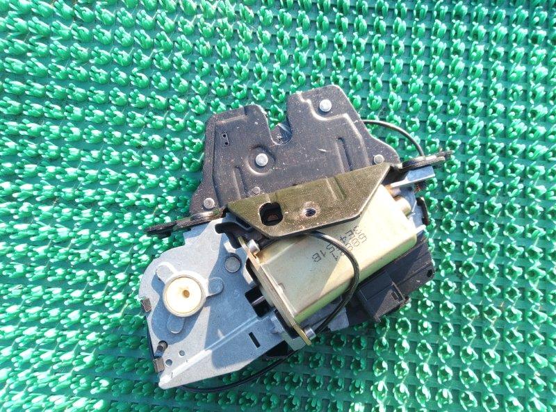 Замок багажника Bmw X5 E53 M54B30 2002