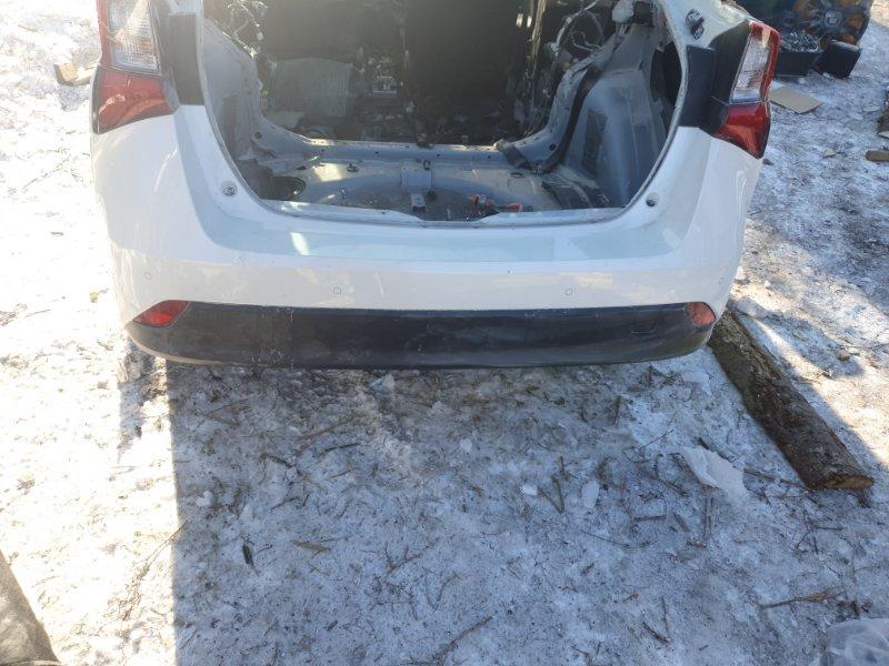 Бампер Toyota Prius ZVW55 2ZR-FXE 2019 задний