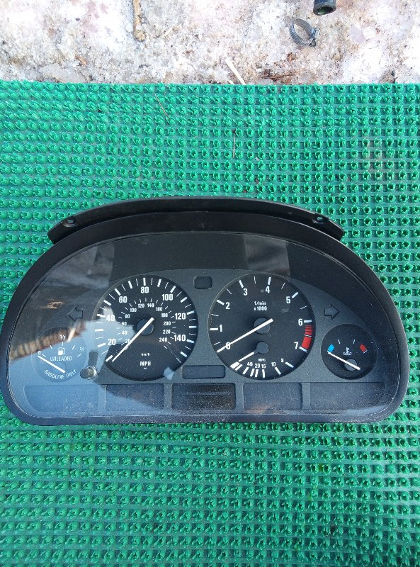 Спидометр Bmw X5 E53 M54B30 2000