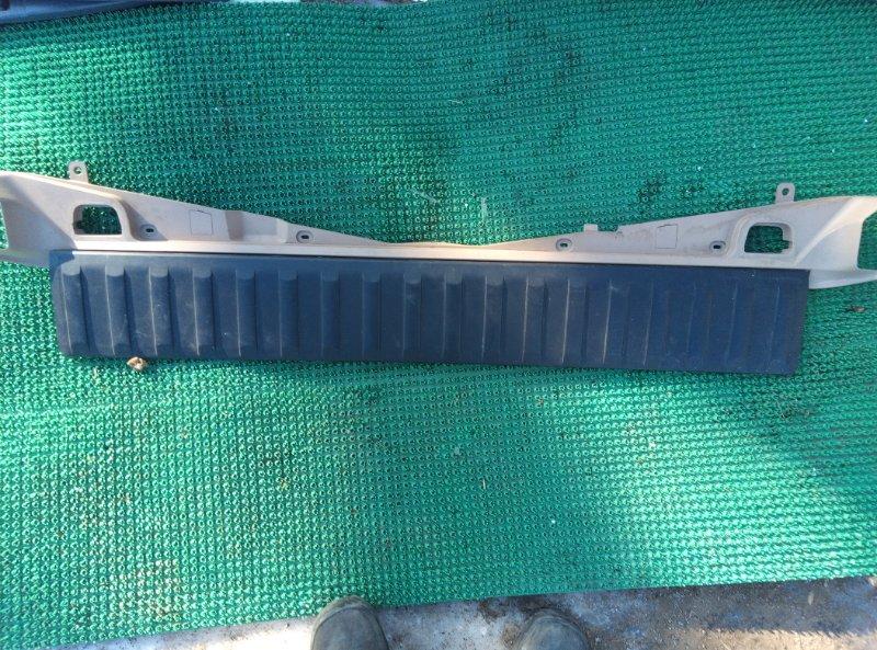 Пластик багажника Bmw X5 E53 M54B30 2000