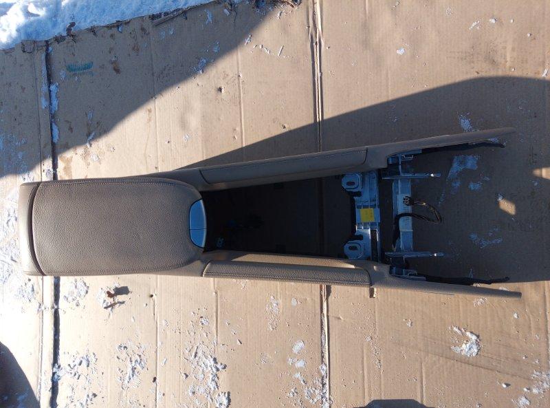 Бардачок между сиденьями Mercedes Benz 164.186 Ml 350 4Matic W164.186 M272E35 2007